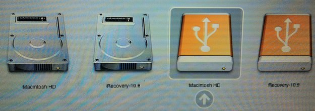 Apple Mac Boot Manager select boot partition
