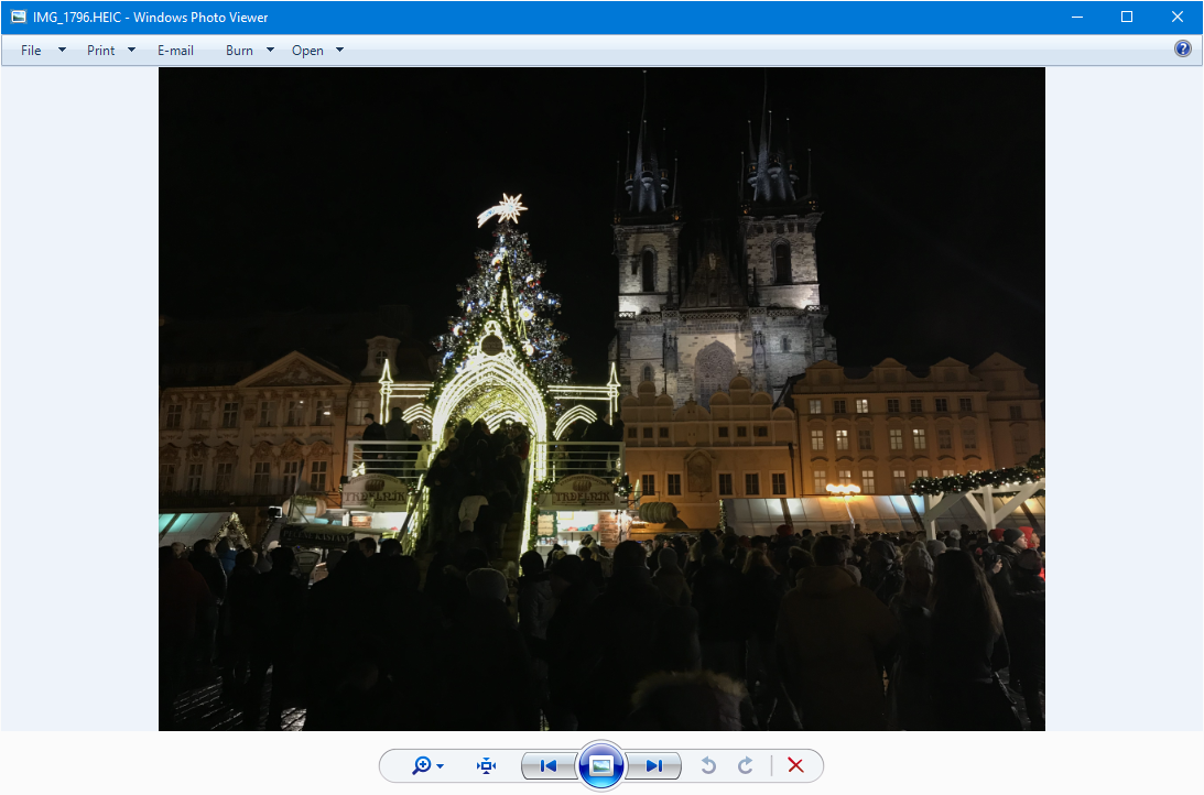 HEIC picture opened in Windows Photo Viewer